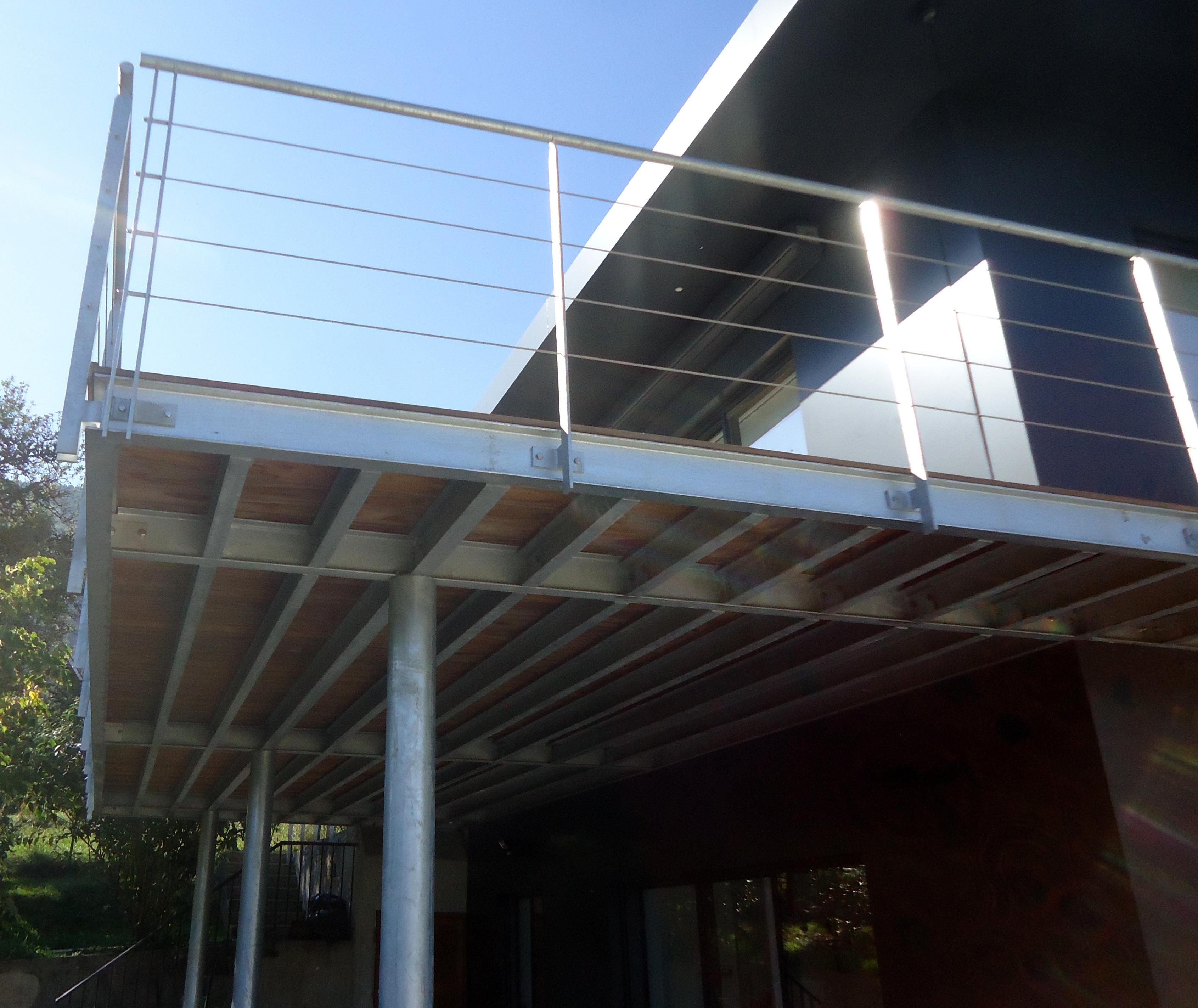 terrasse ossature m tallique garde corps acier avec c ble soci t du villaret. Black Bedroom Furniture Sets. Home Design Ideas