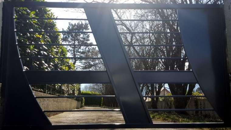 portail un vantail acier