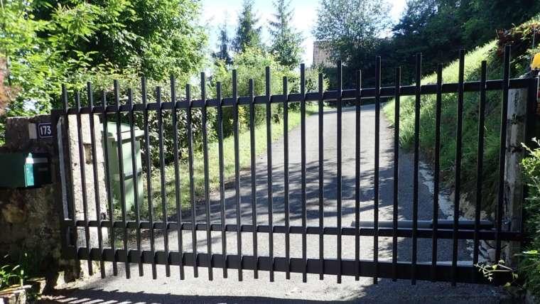 portail un vantail – barreau alternée